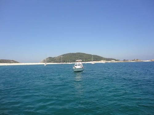 Fondeo frente a las islas