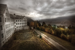 Alpine view abandoned sanatorium :: (andre govia.) Tags: mountains building abandoned clouds buildings hospital closed view decay down andre alpine mission sanatorium asylum derelict tb admin ue sanitarium govia exploreing