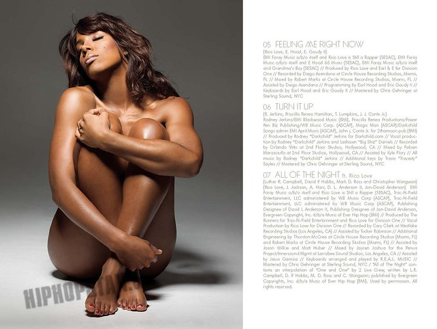 Kelly Rowland - Digital Booklet - Here I Am_Page_06