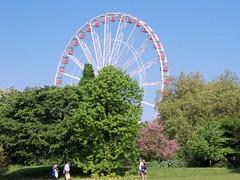 Hyde Park Wheel (Waterford_Man) Tags: people london parks hydepark paths