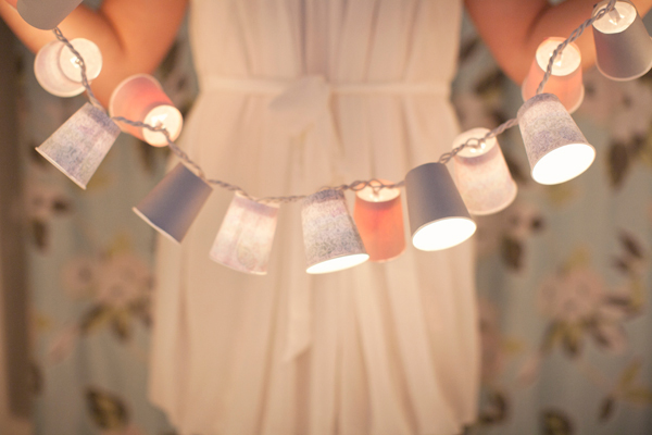 Pretty DIY - Dixie Cup Light Garland