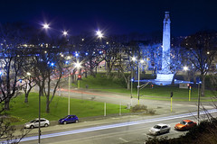 Queens Gardens - Nicholas Bailey (focophotography) Tags: city blue gardens night memorial long exposure traffic queens dunedin