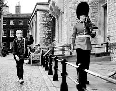 (Gigabyte2) Tags: street west london tower underground guard end londra streetphotographycandidstreetportrait