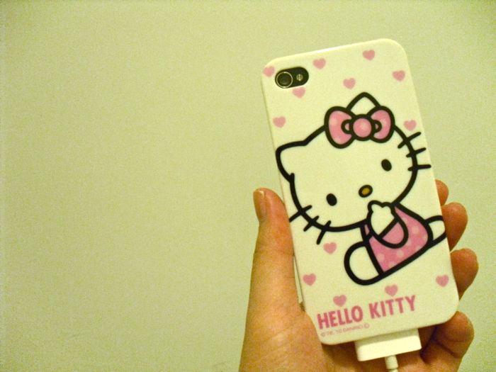 hello kitty phone cover