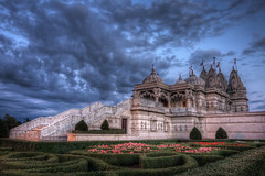 Neasden Temple (TheFella) Tags: uk greatbritain flowers blue england sk