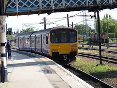 150140 Doncaster (Beer today, red wine tomorrow.....) Tags: dmu class150 uk railway 150140 doncaster northernrail