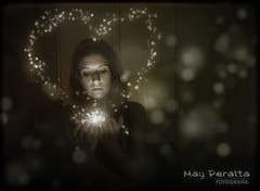 I  BoKeh.. (Mayzenova) Tags: love girl photoshop luces heart bright bokeh amor room magic fantasy fantasia magia nikond60 cs5 habicacion