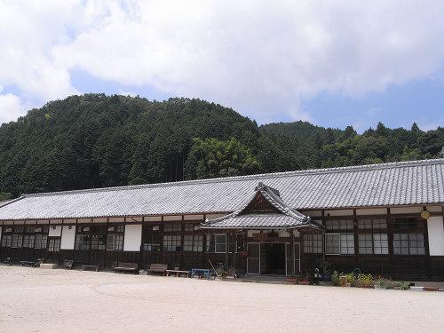 懐かしい小学校校舎を利用した『山田公民館』@天理市