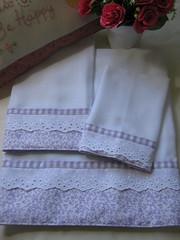 Kit toalhas ( banho, ombro e boca) (Studio Be Happy) Tags: bebê patchwork applique manta toalhinha patchcolagem cueiro toalinhaboca