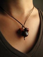 Tania Cavenecia Torres tagua beads jewelry making contest sep 2011 (1)