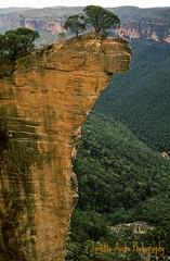 Hanging out on Hanging Rock, 1989 (NettyA) Tags: park mountains film rock 35mm sandstone blackheath australia slide cliffs national bushwalking nsw scanned newsouthwales 1989 hangingrock greaterbluemountains