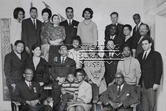 Groepsfoto gevolmachtigd minister Einaar en medewerkers