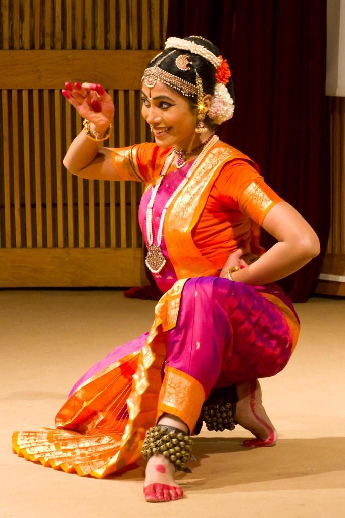 641e29a82be84 Kirti Ramgopal Bharatanatyam Concert (Dress Circle IIM Bangalore) Tags  Concert Exchange Spicmacay Sc 1 St Fiveprime