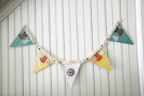 One Sew Pennant Banner Tutorial