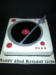 Awesome Cakes UK -  Record Player Cake (Awesome Cakes UK) Tags: weddingcakes noveltycakes sugarmodelling photocakes awesomecakesuk