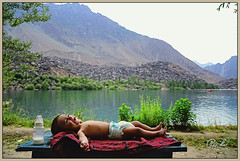 Joy of Childhood (IshtiaQ Ahmed revival to Photography) Tags: pakistan lake mountains water table happy child joy feeder enjoy mylove tanisha skardu baltistan upperkachura northernareasofpakistan ishtiaqahmed gilgitbaltistan tanishafatima laughcackle