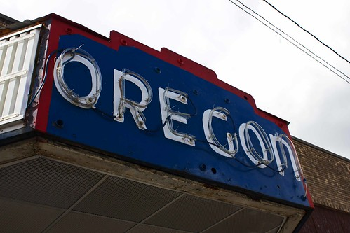 Oregon Theater by William 74