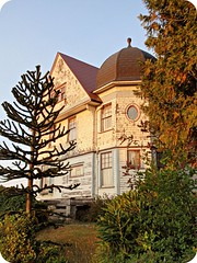 Amazing old house in need of some serious love!!  Pic #2 (eg2006) Tags: old blue sunset red white house tower home beautiful architecture oregon peeling exterior neglected victorian astoria weathered turret 2012 2011