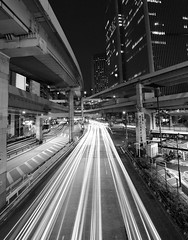 [Free Image] Architecture / Building, Road / Rail Tracks, City / Town / Village, Japan, Tokyo, Black and White, 201108150100
