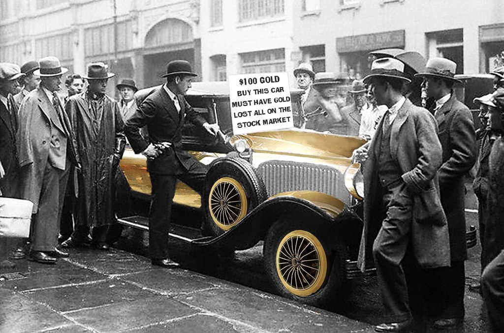GOLD CAR FOR SALE