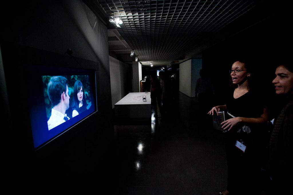 FILE São Paulo 2011 | Instalação/Installation - Movie Mirrors
