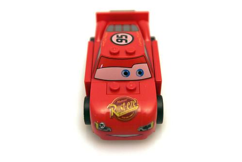 8200 Radiator Springs Lightning McQueen - Front