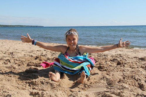 Sara in the sand