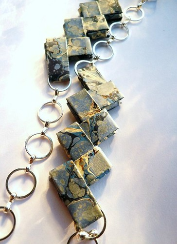 marbled folded paper necklace with silver ring chain