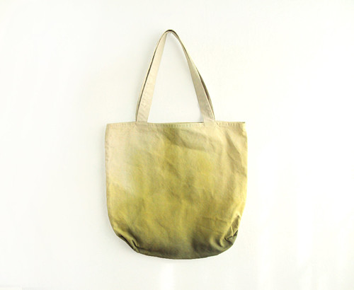 green texture tote