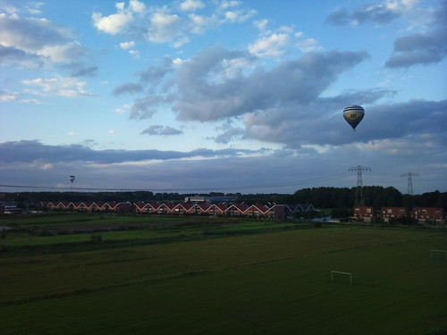 Two balloons by XPeria2Day