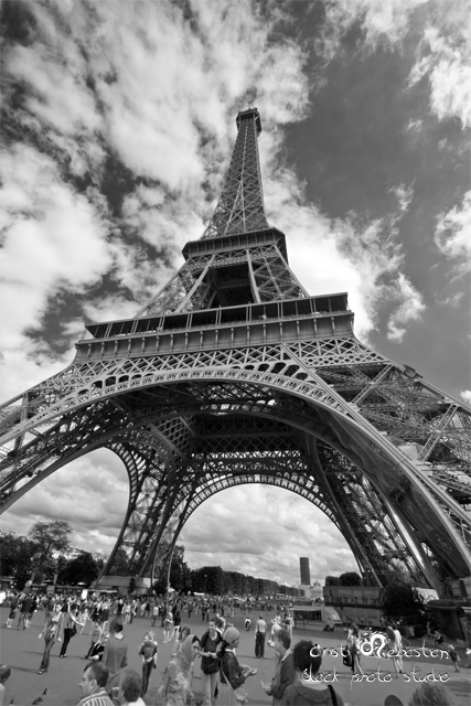 Awesome Eiffel Tower Pic