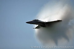 "F/A-18F Super Hornet - 2011 Atlantic City Air Show - ""Thunder Over the Boardwalk"" (mikelynaugh) Tags: city newjersey nj super atlantic airshow atlanticcity hornet vapor oceana gladiators fa18 superhornet fa18f vfa106 atlanticcityairshow thunderovertheboardwalk 2011thunderovertheboardwalk 2011atlanticcityairshow"