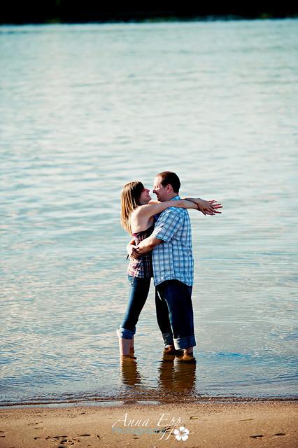 Couples Shoot at Petrie Island-3.jpg