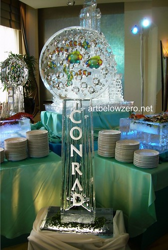 Conrad's Acqua ice sculpture