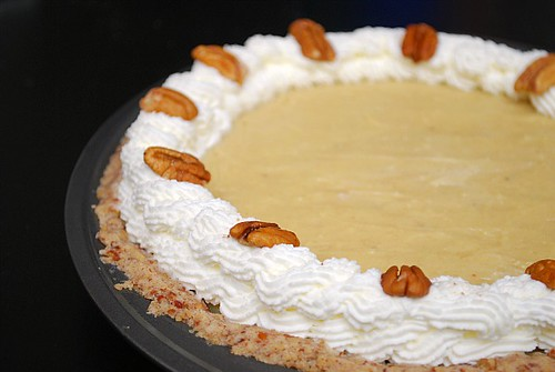 ... Cookin, Chicago?: Caramel Banana Pie with Shortbread Pecan Crust