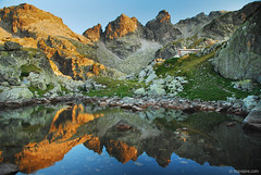 Strashno ezero refuge , Rila mountain , Bulgaria (.:: Maya ::.) Tags: sunset mountain lake reflection natu