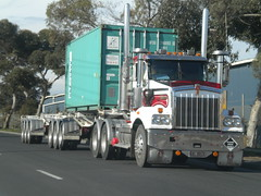 Wettenhalls Kenworth T404SAR (KW BOY) Tags: b tractor truck prime transport australian melbourne double semi lorry rig hauling express trailer conventional sar mover trucking kw logistics kenworth 2011 t404 wettenhalls
