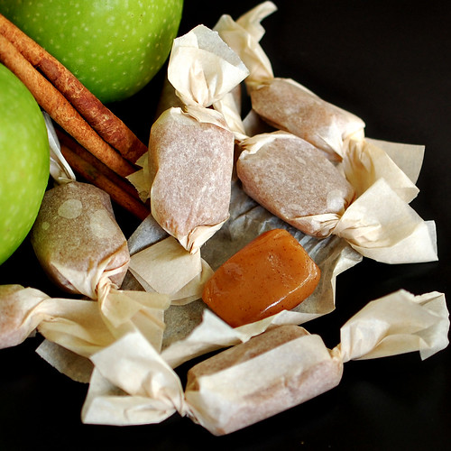 Bourbonnatrix Bakes: apple cider caramels