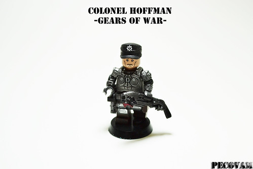 Custom minifig Colonel Hoffman from Gears of War