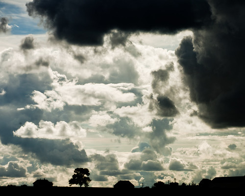 [Free Image] Nature / Landscape, Sky, Cloud, Dark Clouds, 201109072300