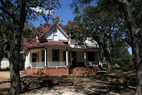 gus ward house