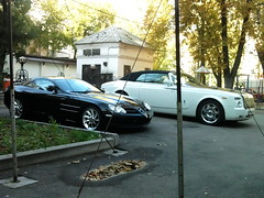 Mercedes SLR McLaren & Rolls Royce Phantom Drophead Coupe (VictorViper) Tags: slr mercedes benz photo ukraine mclaren rolls phantom kiev coupe royce supercars drophead