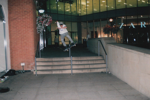 Ed Wells - Boardslide Handrail 4 set in Windsor 3