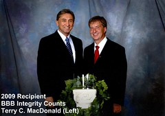 Terry MacDonald 2009 Recipient of BBB Integrity Counts Award
