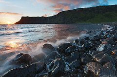 Talisker Bay - Isle of Skye , Scotland (Tommaso Renzi) Tags: sunset skye bay scotland waves tommaso lee filters isle talisker renzi heliopan