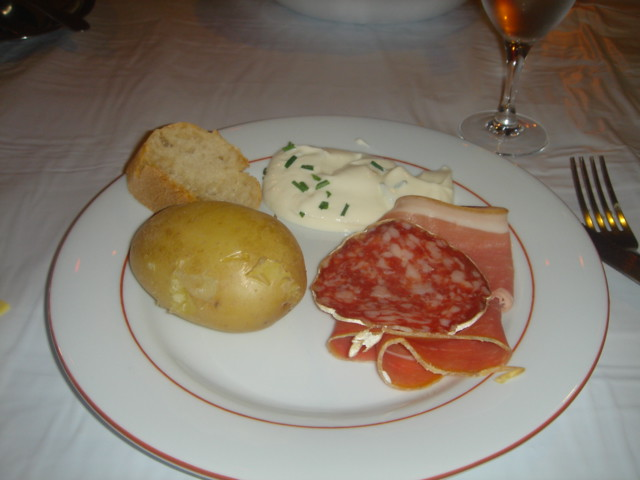 traditional_French_meal
