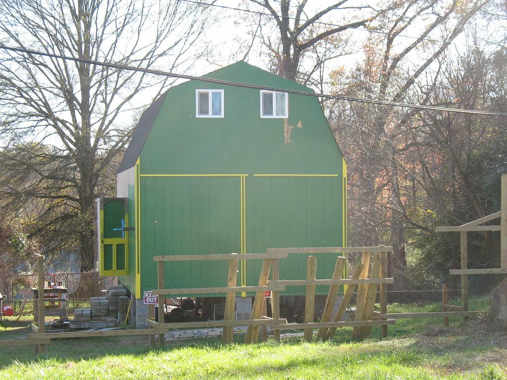 nov 29 2009 building 047