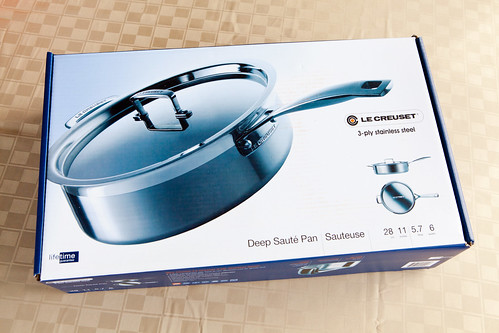 Le Creuset 6-Quart Deep Saute Pan
