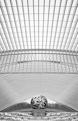 20110710 1422 09792--DSLR-A850 20 mm (J e n s) Tags: bw architecture belgium sony cosina july trainstation m42 liege 2011 primelens guillemins 2038 a850