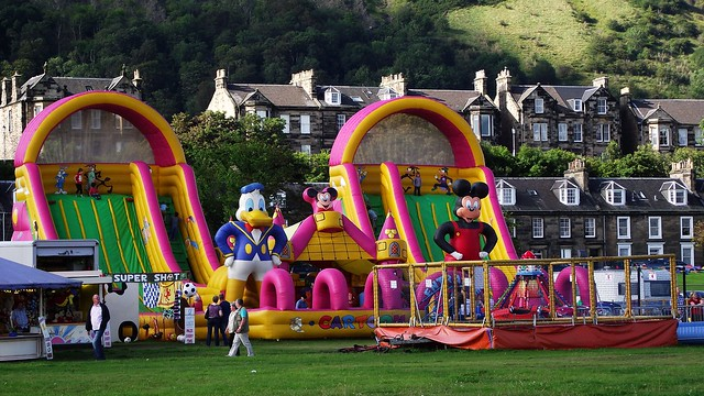Burnt Island funfair 02